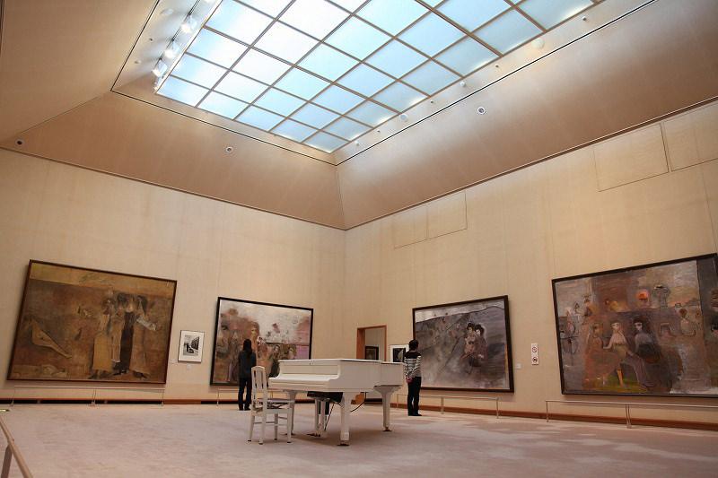嘉麻市立織田廣喜美術館-展示室