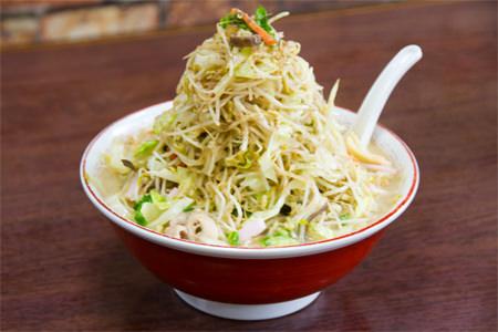 七隈-わたなべ食堂-チョモランマちゃんぽん