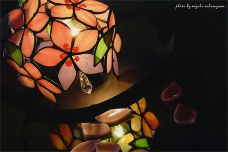 mag-201404-Miyako Sakasegawa Exhibition ~ティファニー技術の作品群~