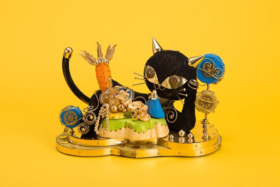 hiyoko-201606-植木ヒトミ個展 そこをスミカにする者たち-01